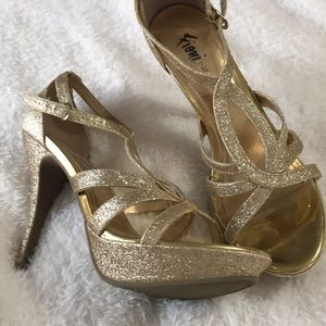 Shoes - Sparkle Gold prom heels